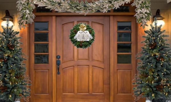 Ghirlande natalizie con civette bianche